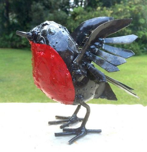 Metal RSPB Wings Up Robin